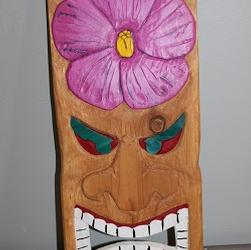 Tiki Wall Hanging with Pink Hibiscus '0'